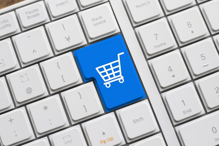 インスタグラム上でオンラインストアを開設!新機能「Facebook shops」とは?